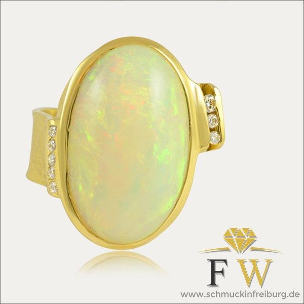 opal ring gold brillant schmuck handmade handarbeit goldschmied freiburg opalring opalo sortija oro