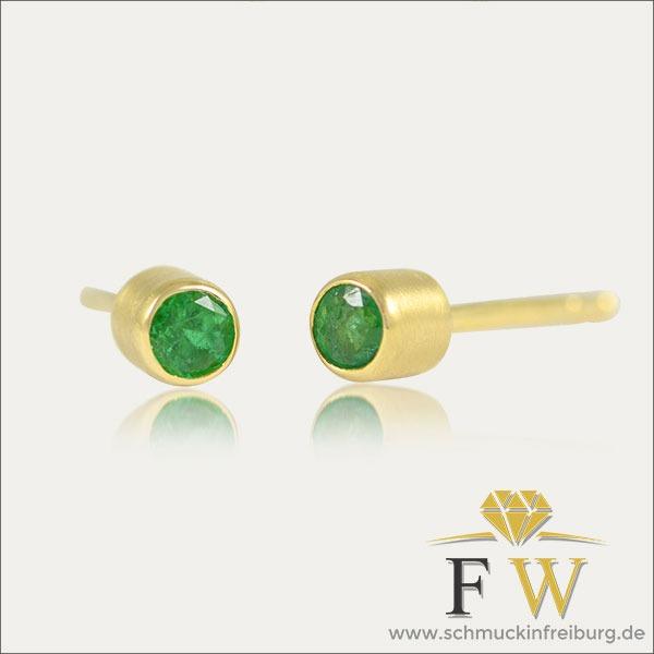 smaragd ohrstecker earrings ohrschmuck grün green gold schmuck handmade handarbeit goldschmied freiburg emerald esmeralda