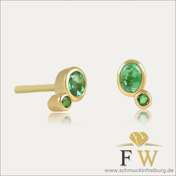 smaragd emerald ohrstecker earrings gold grün green schmuck handmade handarbeit goldschmied freiburg