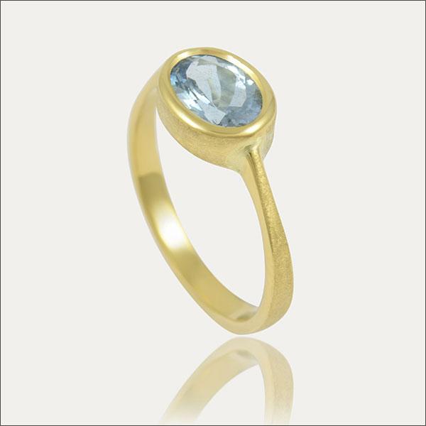 aquamarin aquamarine ring gold blau blue schmuck handmade handarbeit goldschmied freiburg