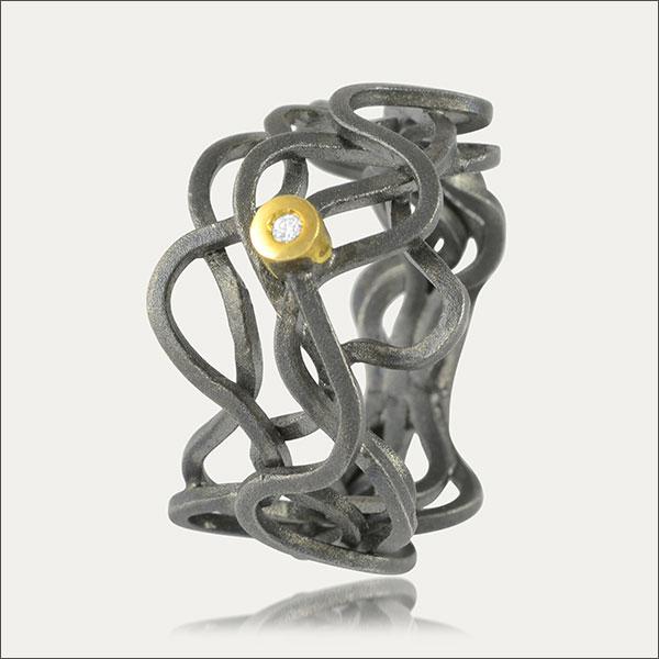 brillant ring silber silver gold feingold finegold black schwarz exclusive handmade handarbeit goldschmied freiburg