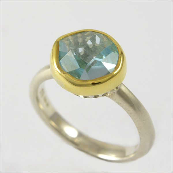 aquamarin aquamarine ring blau blue gold schmuck goldschmied