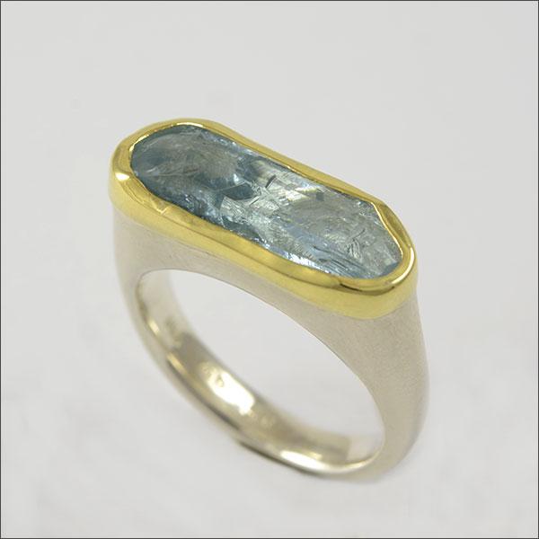 aquamarin aqua aquamarine blau blue ring gold silber silver handmade handarbeit schmuck