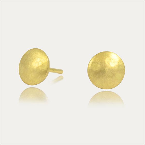 goldohrstecker gold ohrstecker earrings gehämmert hammered schmuck handmade handarbeit goldschmied freiburg