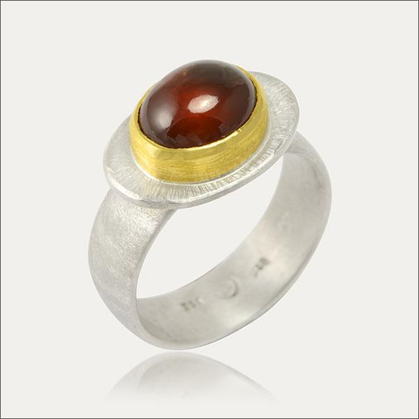 hessonit ring silber silver feingold finegold rot red schmuck handmade handarbeit goldschmied freiburg