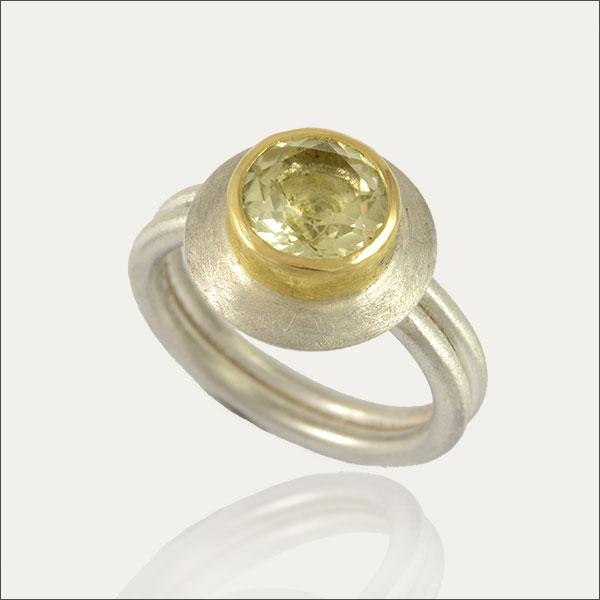 lemonquarz ring lemon silber silver gold green grün yellow gelb schmuck handmade handarbeit goldschmiede freiburg exclusive