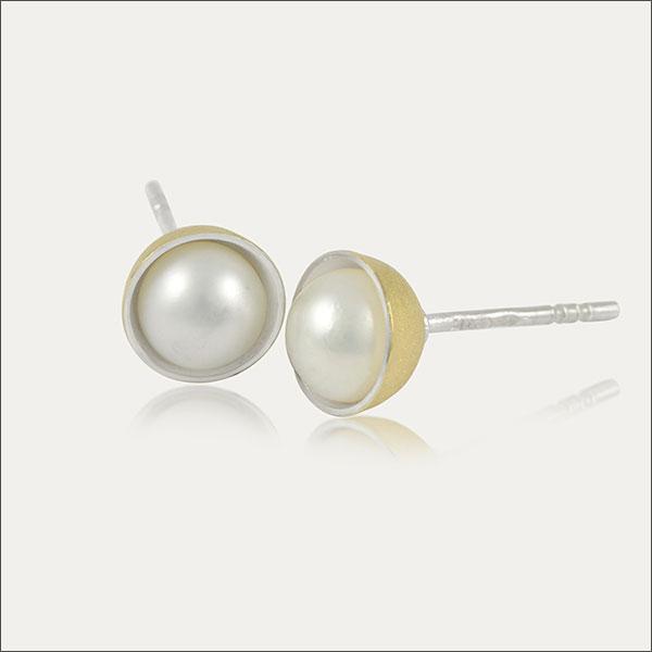 perlen pearls ohrstecker earrings ohrschmuck silber silver gold schmuck handmade handarbeit goldschmied freiburg