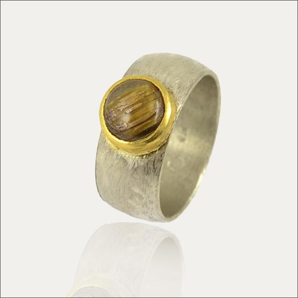 rutilquarzring rutilquarz ring gold silber silver schmuck handmade handarbeit goldschmiede freiburg unique einzigartig