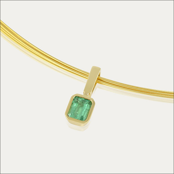 smaragd anhänger emerald pendant grün green gold schmuck handmade handarbeit goldschmiede freiburg