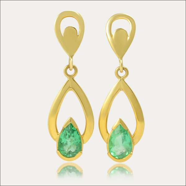 smaragd emerald ohrhänger earrings gold grün green schmuck handmade handarbeit goldschmied freiburg