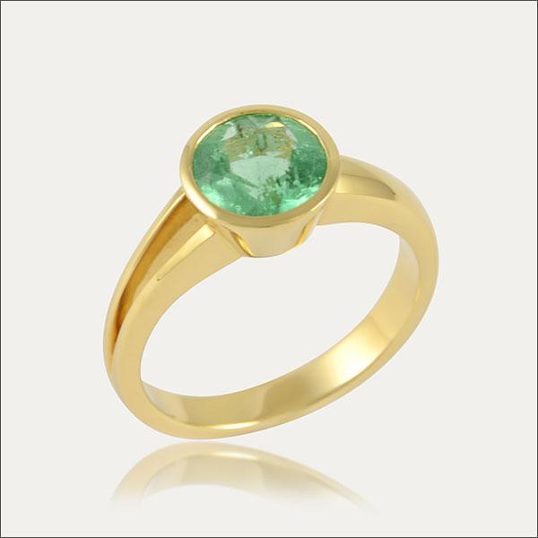 smaragdring smaragd emerald ring grün green gold schmuck handmade handarbeit goldschmied freiburg