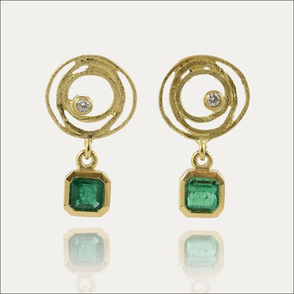 smaragd ohrstecker emerald grün green gold brillant schmuck kolumbien colombia edel handmade handarbeit goldschmiede freiburg
