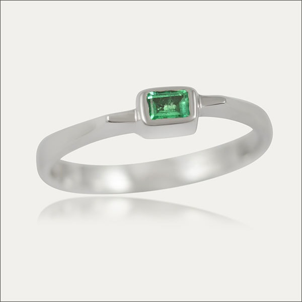 smaragd ring emerald silber silver grün green weißgold whitegold schmuck handmade handarbeit goldschmied freiburg
