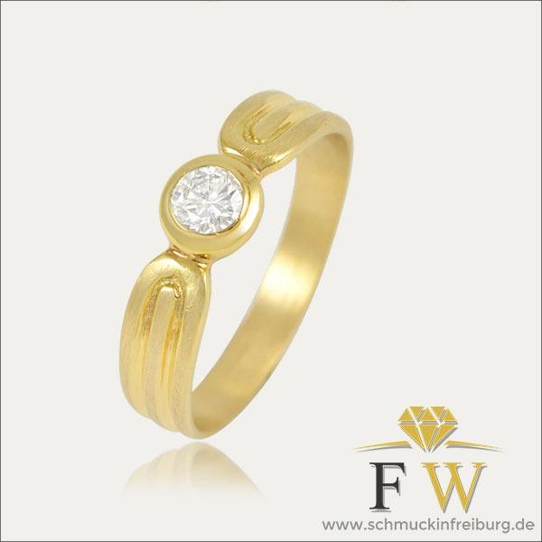 brillant ring gold schmuck handmade handarbeit goldschmied freiburg