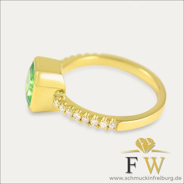 Smaragd Ring Gold Emerald