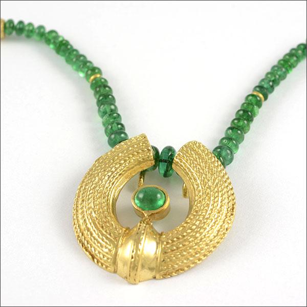 Emerald smaragd esmeralda